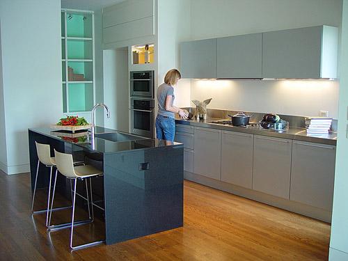 clean modern kitchen design